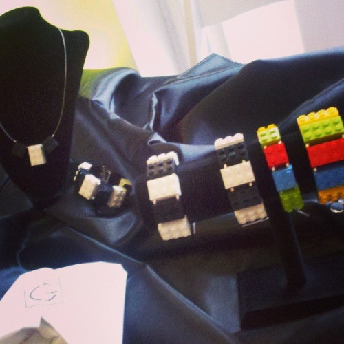 Setup time. #jewelry #fashion #philly #trust #game #lego http://www.hergamejewelry.com