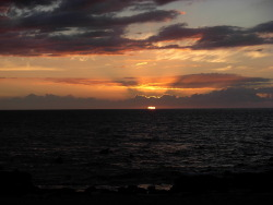Lahaina, Maui, Hawaii. Sunset over the Pacific Ocean. submitted by: backpackersguidetoearth, thanks!