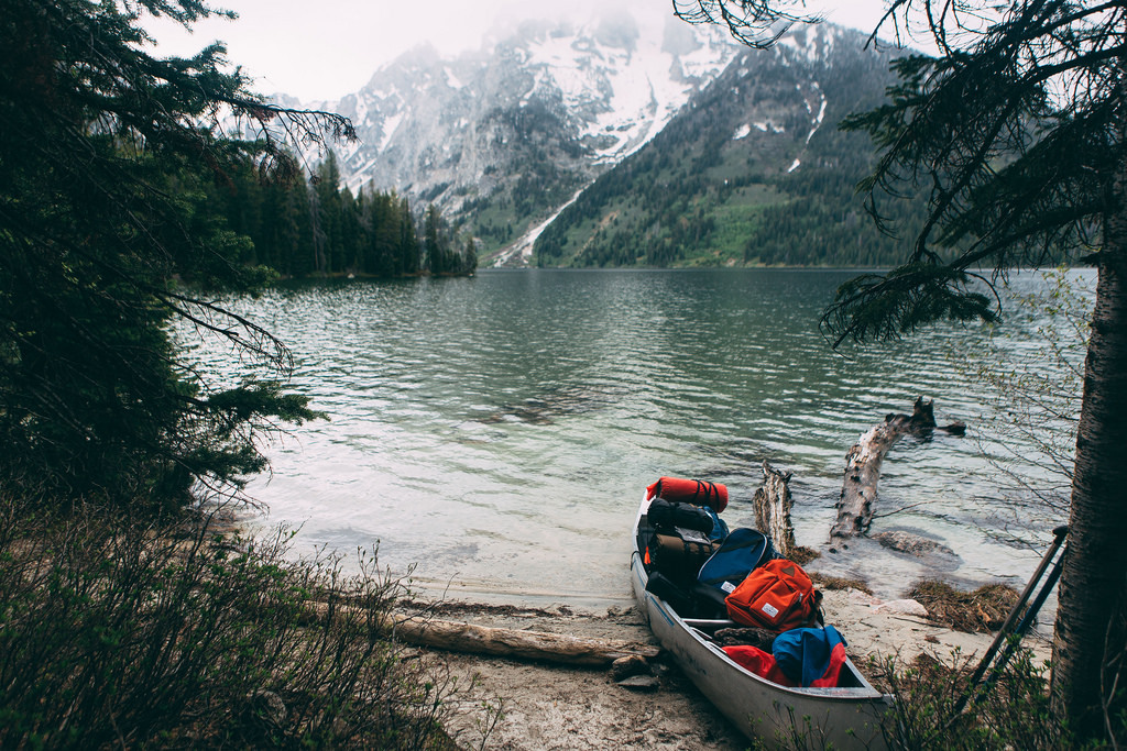 wekeepexploring:enchantinghearts:Leigh Lake x Mt. Moran (by kylesipple☬)Curated by Keep Exploring!
