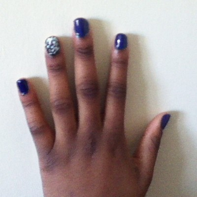 How my nails look today. (at Old Westbury Woodland Dorms)