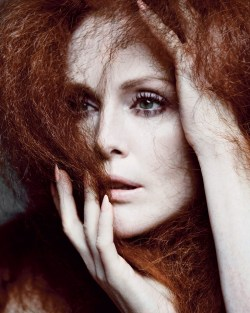 fshntography:  Julianne Moore by Inez & Vinoodh