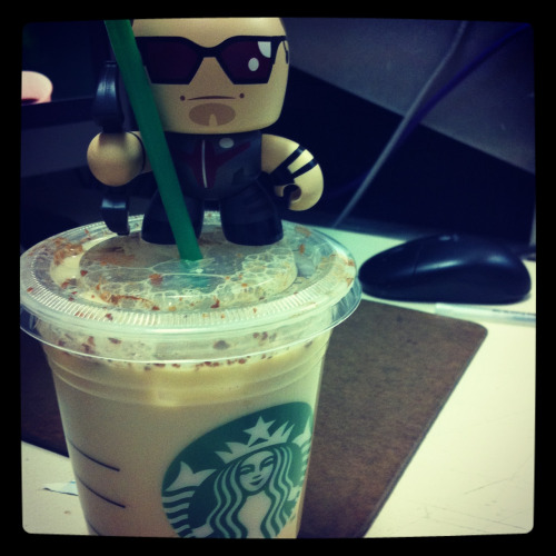 n-r0man0va:  Hawkeye on Chai.