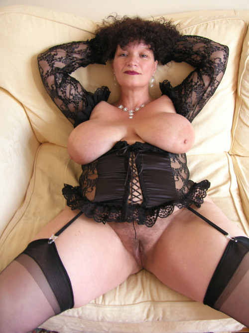 Mature lady wearing stocking