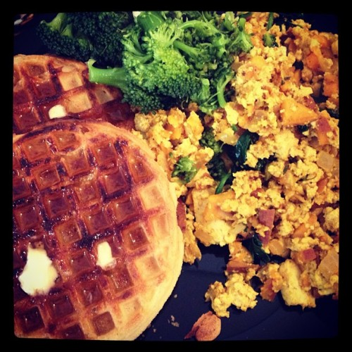 theveganzombie:  A little tofu scramble and some gluten free waffles for brunch. #tofu #brunch #waffles #whatveganseat #veganbacon #veganfoodshare @wegmans