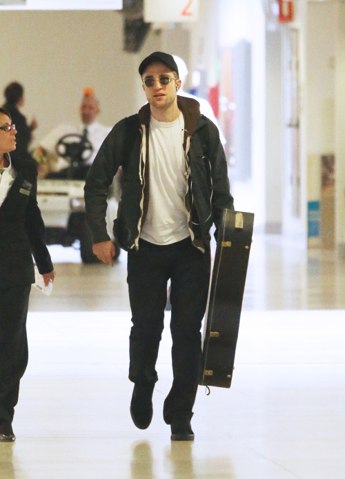 First photo of Rob arriving in Australia - January 16, 2013