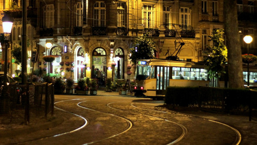 | ♔ |  Bruxelles - Madeleine et le tram 33  | by © CGilles7 on Flickr