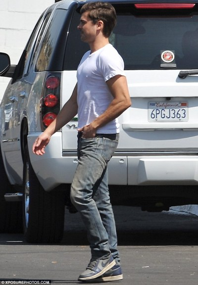 Zac Efron on the set of Townies