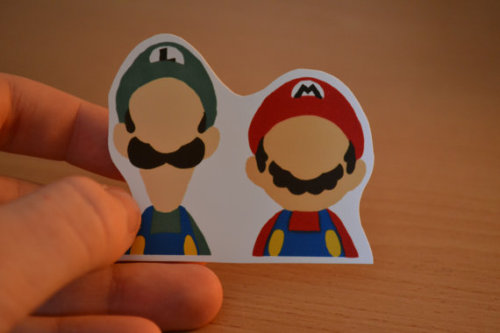 (via Mario & Luigi Sticker /Nintendo Gamer Decal/ by ibetyoudo on Etsy)