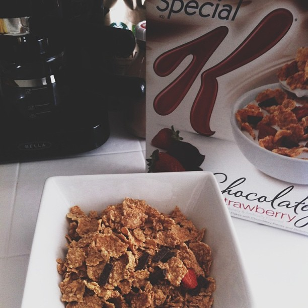 juicyisnotcouture:  Yeahhhh chocolate and strawberries in my Special K 🍫🍓 #specialk