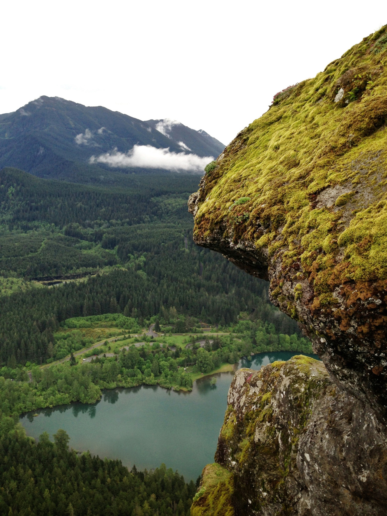 Up here, all the world's prizes seem nothing. Rattlesnake Ridge ― North Bend, WA