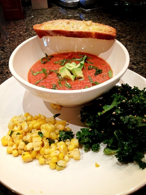 happyhealthyvibes:  Dinner last night. Homemade gazpacho with avocado ontop, organic no GMO corn with basil, and kale with soy sauce sesame oil and rice vinegar.  Looks delicious!!