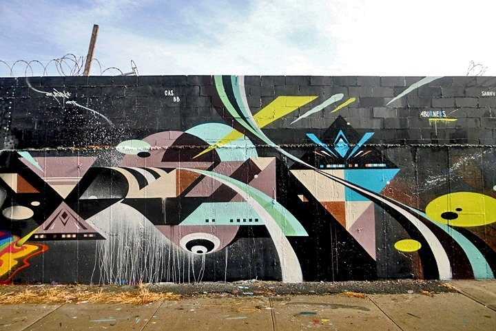 autopsi-art:  Rubin's exquisite murals surface here regularly in NYC on the streets of Brooklyn and the Bronx.