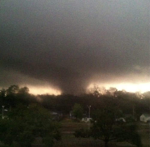 Tornado touches down in Hattiesburg, Mississippi AP:    Emergency officials say an apparent tornado has caused significant damage in Hattiesburg, Miss., after passing along a main road. Forrest County Fire Coordinator Chip Brown says there is major damage in Hattiesburg and Petal, including on the campus of the University of Southern Mississippi. He couldn't confirm injuries. He said the damage was still being evaluated, but that the storm passed along a main Hattiesburg thoroughfare.  Follow more updates at BreakingNews.com. Photo: Tornado in Hattiesburg, Mississippi. (Instagram user @j_holliman)