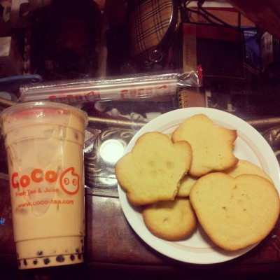 Little cousin baked me cookies & my friend got me boba!