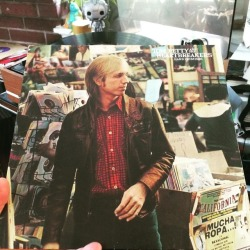 tom-petty-and-the-heartbreakers-hard-promises