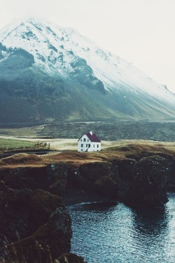 marigold-tuesday:  givncvrlos:  .  can I live here please