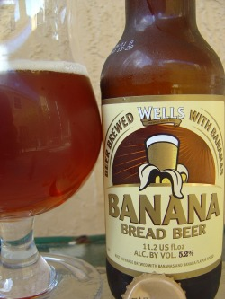 dubsideofthemind:  Wells Banana Bread Beer  Going to try and replicate this, probably in a week or so.