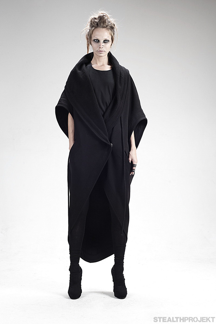 darkified:  ROAD : WMNS A/W 2014 (via STEALTHPROJEKT)