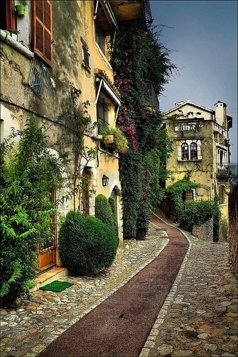 aneclecticcontradiction:  St Paul de Vence, France pinterest.com
