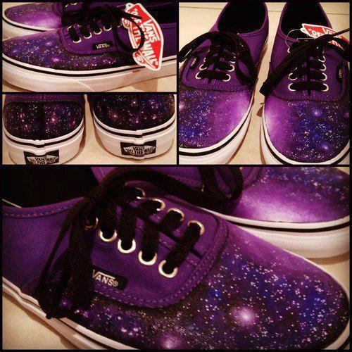 iloveshoessoyouloveshoes:  Galaxy vans!