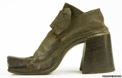 Why did men stop wearing high heels? (by William Kremer) For generations they have signified femininity and glamour - but a pair of high heels was once an essential accessory for men. (complete article)