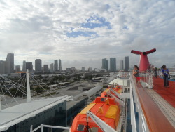 My boat leaving Miami :')