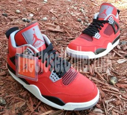 Air Jordan 4 Fire Red/Black-Cement Grey via nikeblog.com