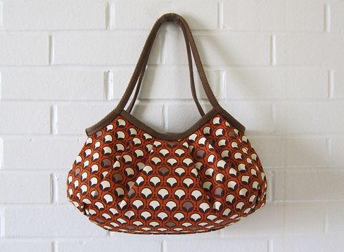 Sturdy & Modern Granny Bag by Stitchin Sista on Flickr.
