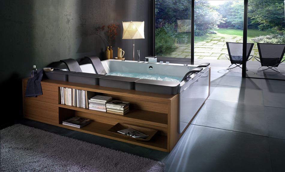 everetttucker:   Bibliophile Bath - Bathtubs Thais-Art