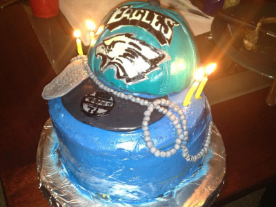vanillaart:  Eagles cake I made :-!