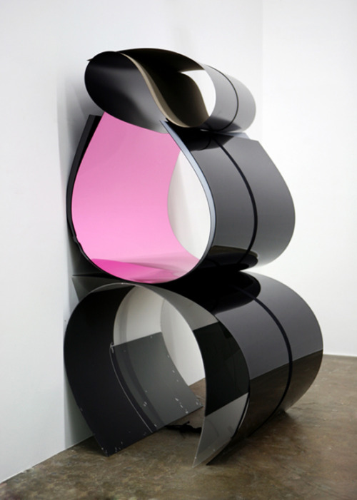 "Julia Dault Untitled 25, 11:00 AM – 3:00 PM, September 1, 2012 Plexiglas, Formica, Everlast boxing wraps, string Dimensions variable As installed: 86 5/8 x 50 3/8 x 43 3/4"" (220 x 128 x 111 cm) VIA"