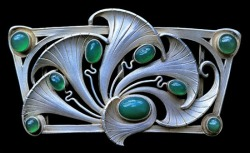 tawnyscostumesandcuriosities:  Art Nouveau buckle, silver, chalcedony, Germany c1900