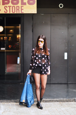 what-do-i-wear:  Jacket: Vintage (Sweet Market) / Blouse: Forever21 / Shorts: H&M / Bag: Michael Kors via Sarenza / Shoes:Zara / Sunglasses: Vans (image: dulceida)