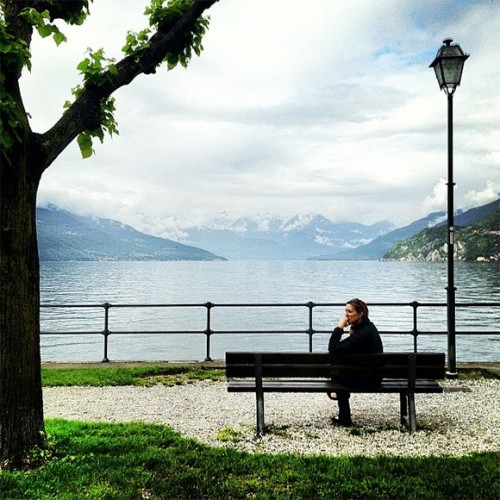gadling:  Photo of the Day: Contemplating Lake Como in Italy