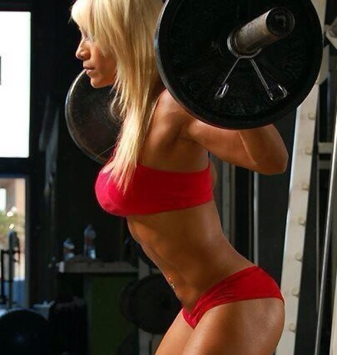 hot-fitness-girls:  Fitness Girls  lol I can squat 135 easy
