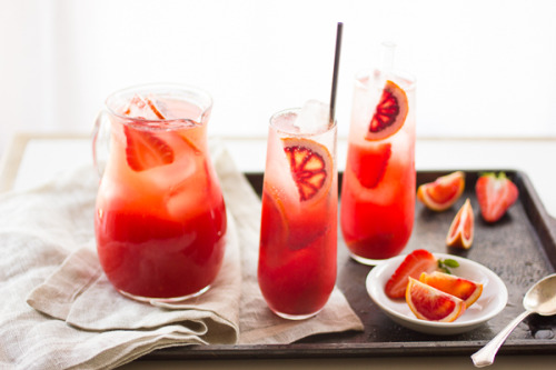 gastrogirl:  strawberry blood orange rum punch.