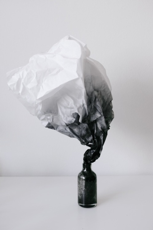 darksilenceinsuburbia:  Andrew Kim. Experiments on Methods. Smoke.  Website
