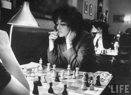 LIFE: US Women's Chess Champion Lisa Lane play… - Hosted by Google