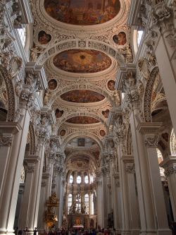 visitheworld:  Beautiful baroque architecture at St. Stephan's Cathedral in Passau, Germany (by Martin van Duijn).