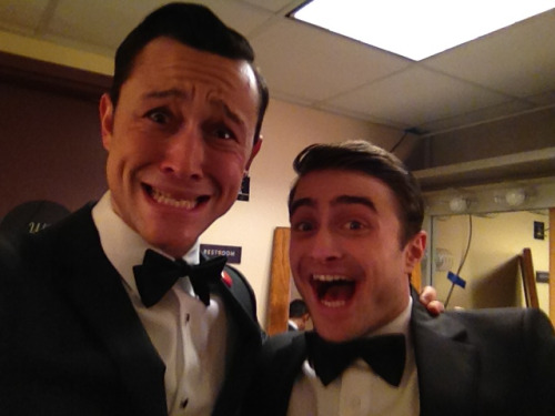 ahwahreh:  lionsthreads:  hitrecordjoe:  Me Mr. Radcliffe. #Gangster. #Oscars  does it even get any better than this?  OH GOD JOSEPH