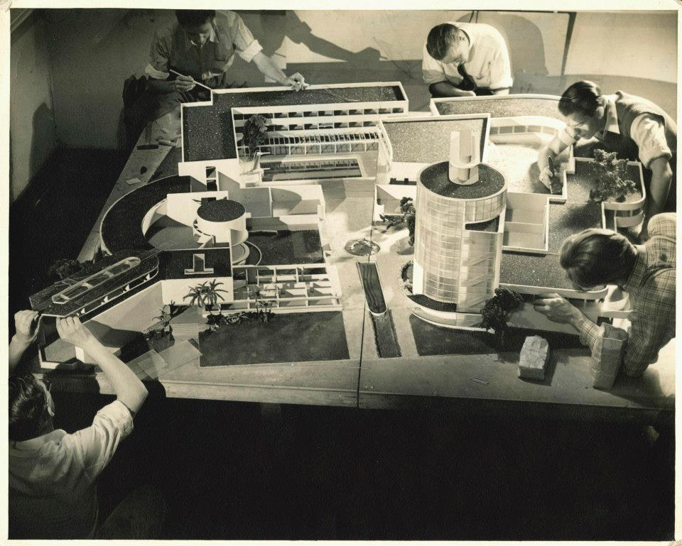 angesecondperson:   Students working on an architectural model of a future Art Center campus in a project taught by Kem Weber. Gift of Irene Vermeers (PHOT 1937). Photography by Irene Vermeers.  eeeeh, I remember this, GDH with Ramone—the best