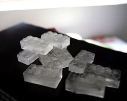 cjwho:  Lego Ice Bricks Tray