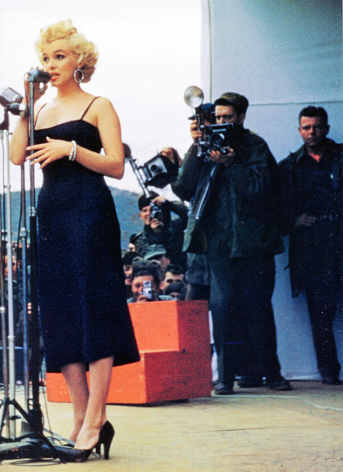 missmonroes:  Marilyn Monroe in Korea, 1954