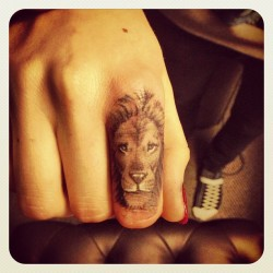 iamcaradelevingne:  My first tattoo!! Lions rule!  Thank you so much @bangbangnyc @badgalriri