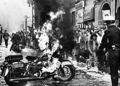myphotosselection:  Harley Davidson panhead on fire.