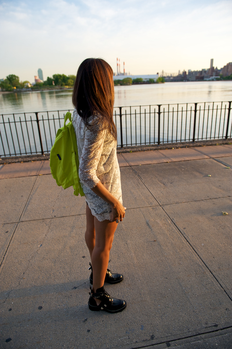 Nice photo with our Backpack from wheredidugetthat.com!