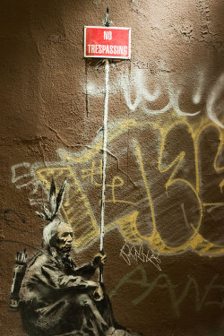 sanfrancisko:  Banksy leaves his mark in the Mission District of San Francisco, (SVR)