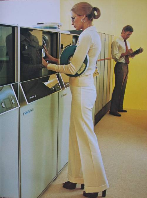 johnclaudielectronics:  Univac Magnetic Data Storage The University of Auckland