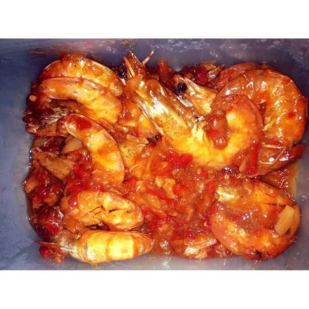 Sweet Chili Prawns. #whatsfordinner #dinner #prawns #sweetchiliprawns #hipon #food #foodgraphy #foodporn