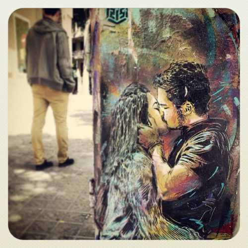 Bandalismo? #urbanart #art #urban #graffiti #love #kiss #bcn #Barcelona